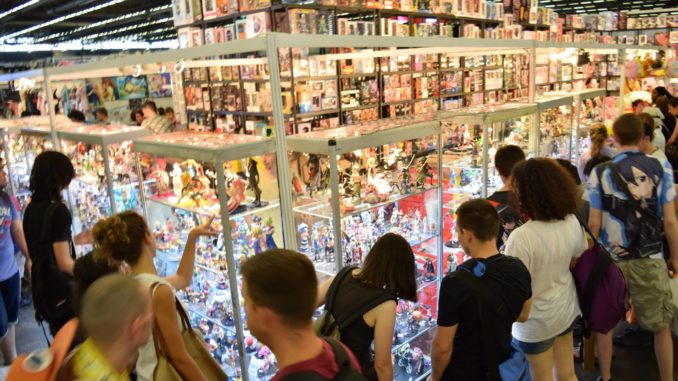 Japan Expo Les Stands : Spécial japan expo u2022 les contrefaçons [figurines]